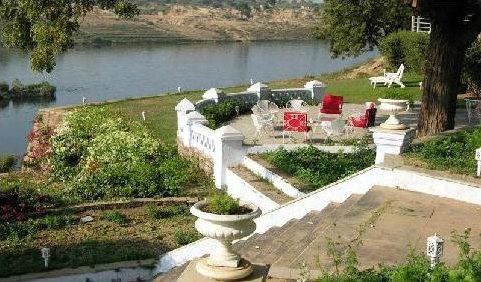 Brij Raj Bhawan Palace Lawn Garden