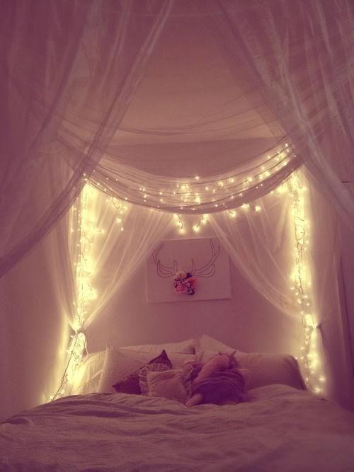 luces en la cama