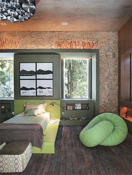 DORMITORIO VERDE RUSTICO Y ELEGANTE - QUARTO DO RAPAZ via www.dormitorios.blogspot.com