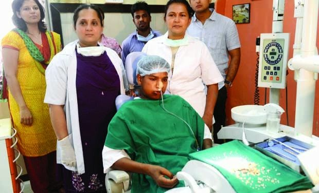Ashik Gavai with doctors after the operation