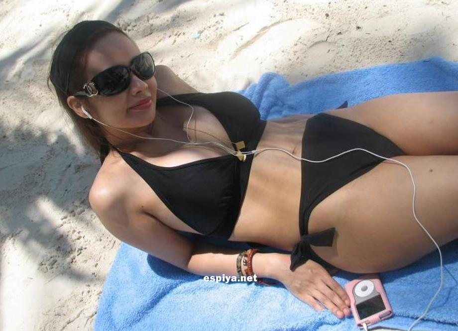 asian girls beach bikini 3