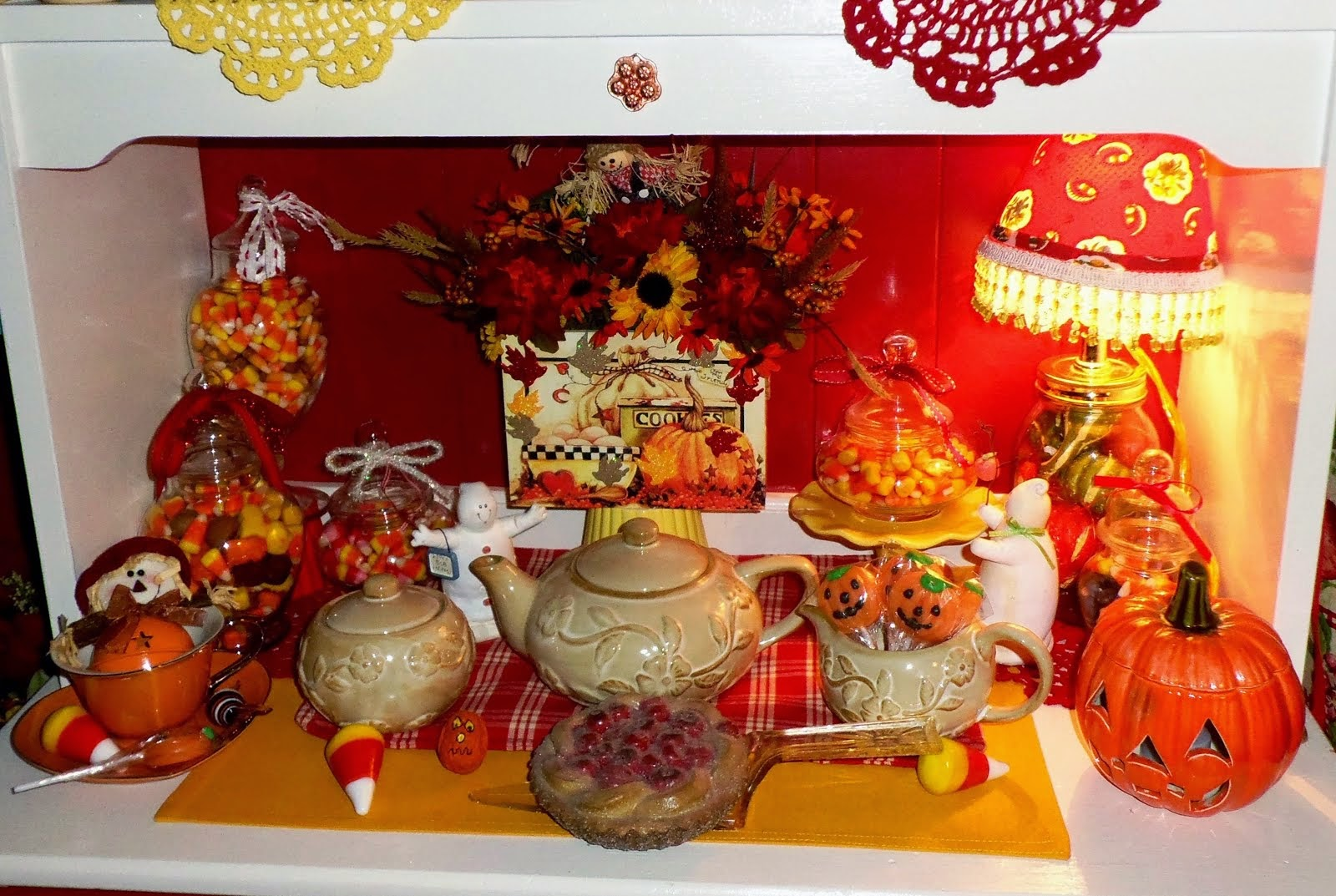 Fall/Halloween Decor in the Kitchen 2014