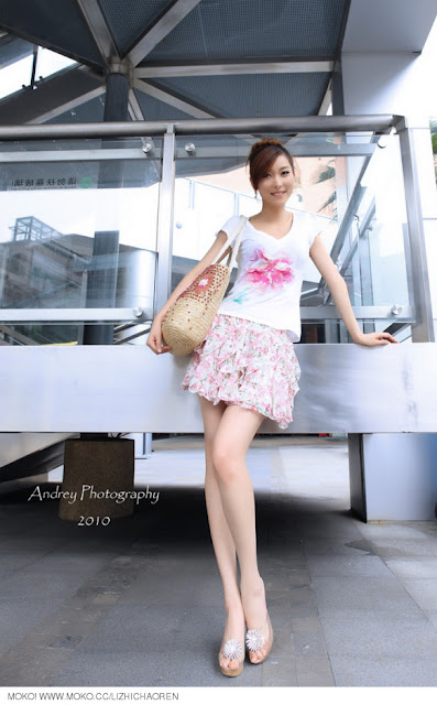 Li-Fan-Pink-and-White-10-very cute asian girl-girlcute4u.blogspot.com