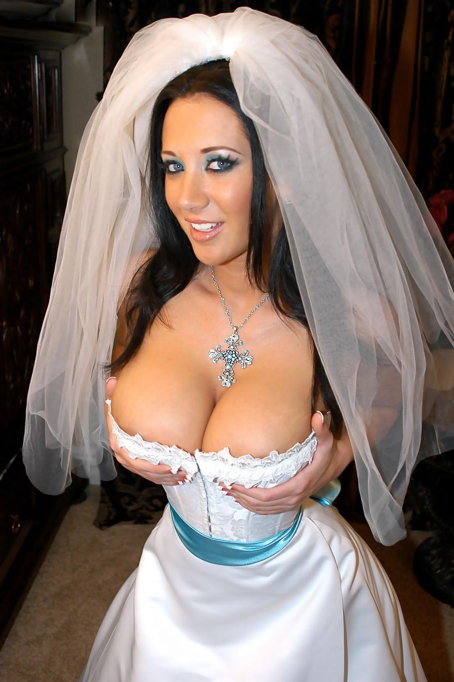 sexy+bride+(1).jpg