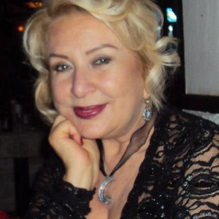 Dilek Tunca 2013 Sus İşareti Yapan Hemşire Kimdir?