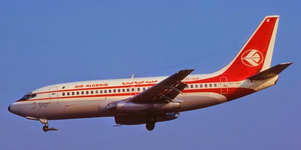 Air Algerie plane with 116 on board crashes in Mali