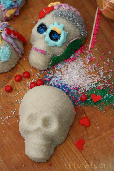 How to Make Basic Sugar Skulls using Zulka Sugar Tutorial | www.girlichef.com