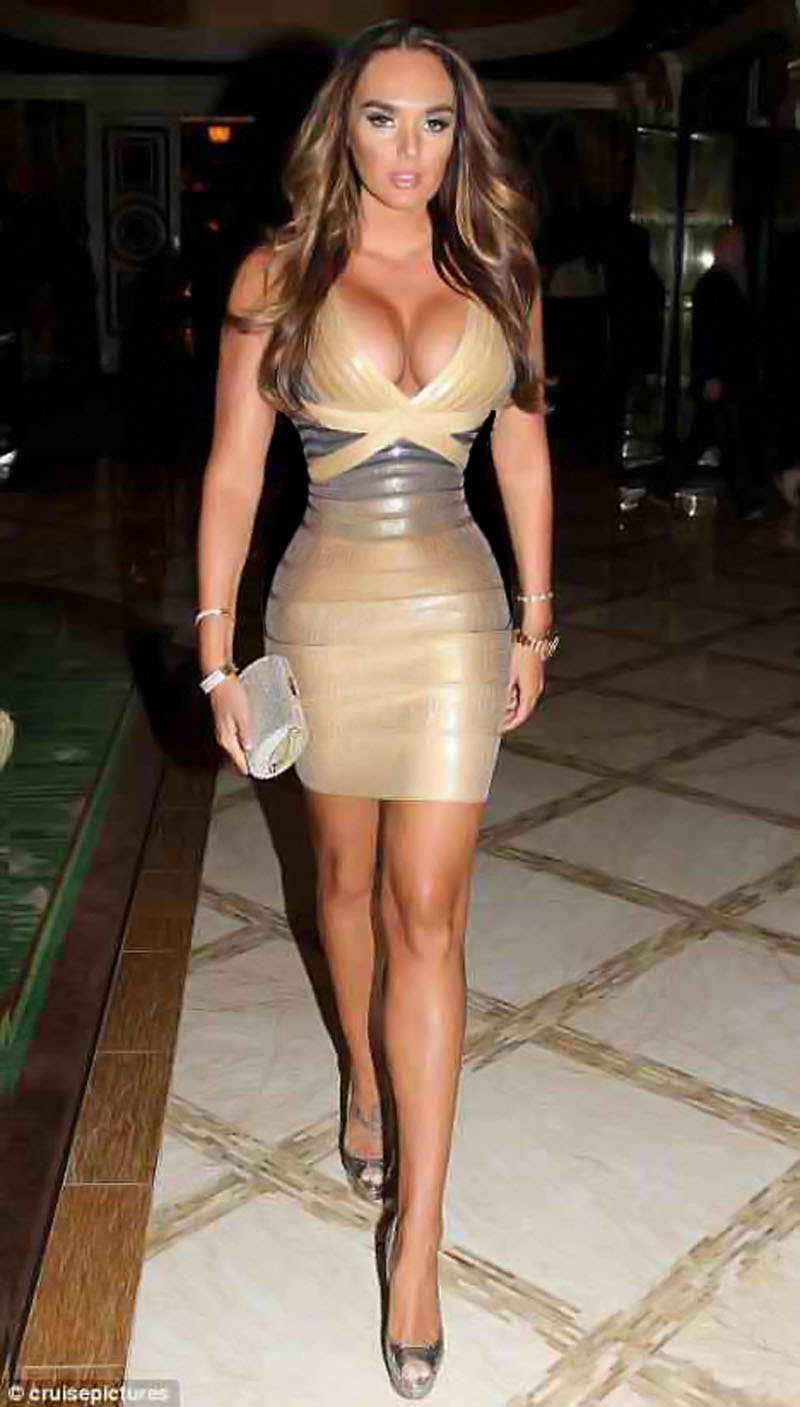 The 20 Hottest Female Celebrities in Hollywood | Muscle ...