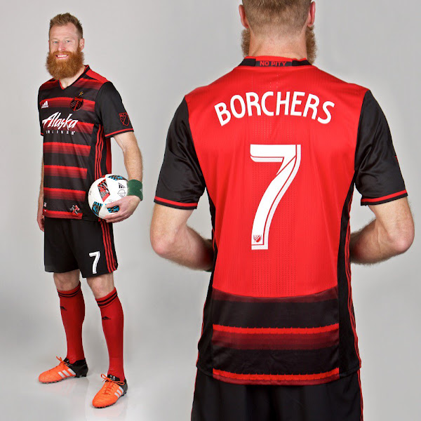 portland-timbers-2016-away-kit.jpg