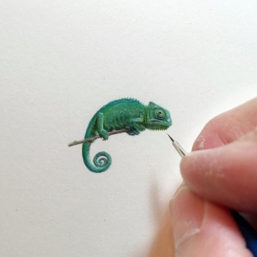 13-Chameleon-Karen-Libecap-Star-Wars-&-other-Miniature-Paintings-and-drawings-www-designstack-co