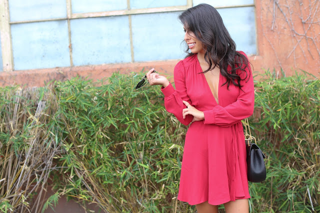 how to wear red dress, holiday reformation dress, chloe drew bag
