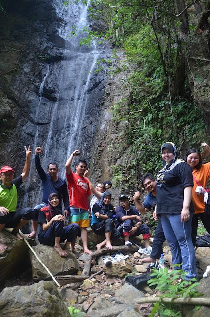 Takah Pandan Waterfalls - Adventure Teambuilding Selai Endau Rompin