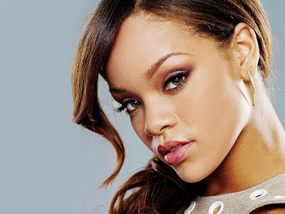 Rihanna Wallpaper 2012