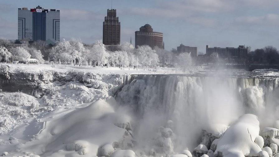 Bienvenidos al nuevo foro de apoyo a Noe #272 / 03.07.15 ~ 09.07.15 - Página 4 El+intenso+frio+en+Estados+Unidos+y+Canada+congelo+las+Cataratas+del+Niagara+...
