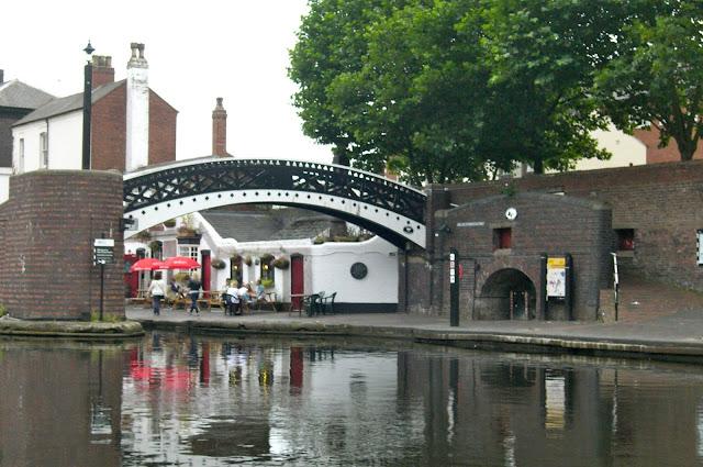 canals in birmingham england