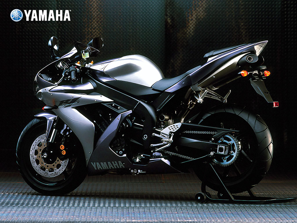 motor cycle yamaha r1