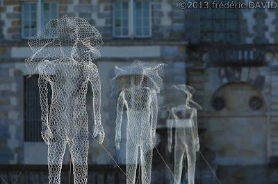 art contemporain création elfe silhouettes château Fontainebleau Seine-et-Marne