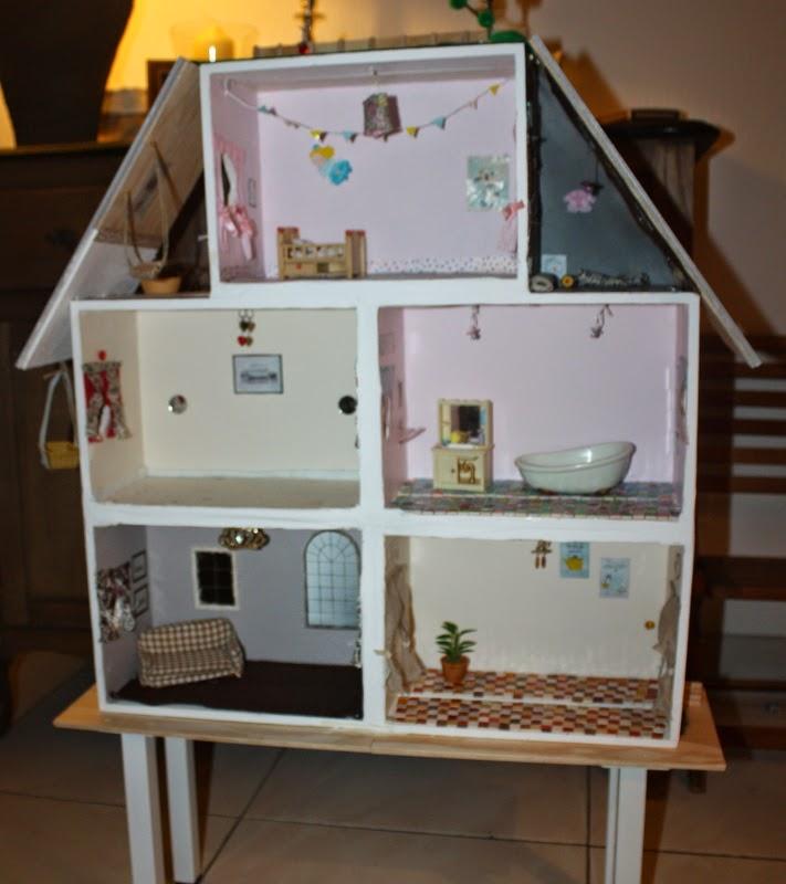 Une chambre moi diy une maison en bois pour les sylvanians facile - Ikea cree sa chambre ...