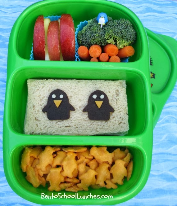 bento school lunches goodbyn bynto mini penguins bento. Black Bedroom Furniture Sets. Home Design Ideas