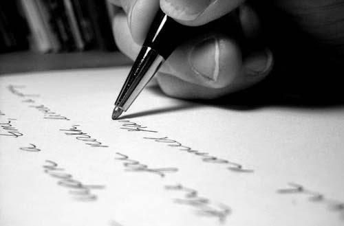http://www.escritores.org/index.php/recursos-para-escritores/concursos-literario/12685-18o-premio-de-cuentos-fundacion-mainel-para-estudiantes-de-secundaria-y-bachillerato-espana