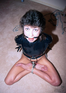 twerking girl - rs-bdsm-007-729836.jpg