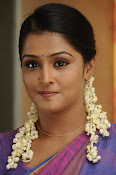 Ramya Nambeesan latest photos-thumbnail-3
