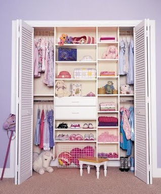 Decora el hogar closets modernos para jovenes y ni os for Roperos para habitaciones pequenas