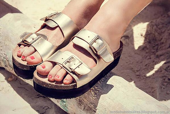 Sandalias 2015 doradas. Moda calzado femenino verano 2015.