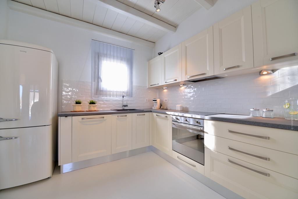 Blog achados de decora o casa minimalista mas super for Greek kitchen designs