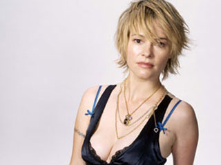 Leisha Hailey fashion