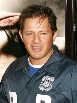 Costas Mandylor actores de tv