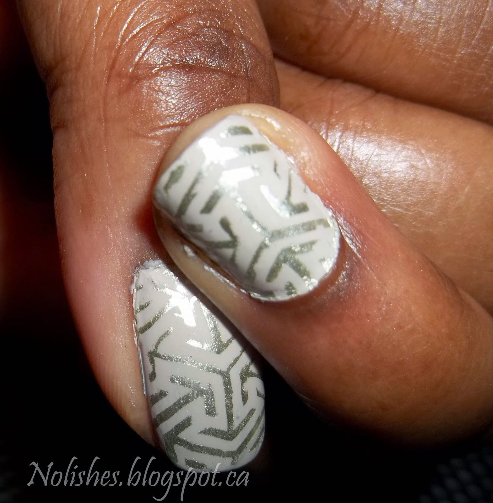 Muted Nail Stamping Manicure using Pueen plate PUEEN11. Polishes used: Essie 'Playa del Platinum', and Sally Hansen Color Foil in 'Yellow Gold'