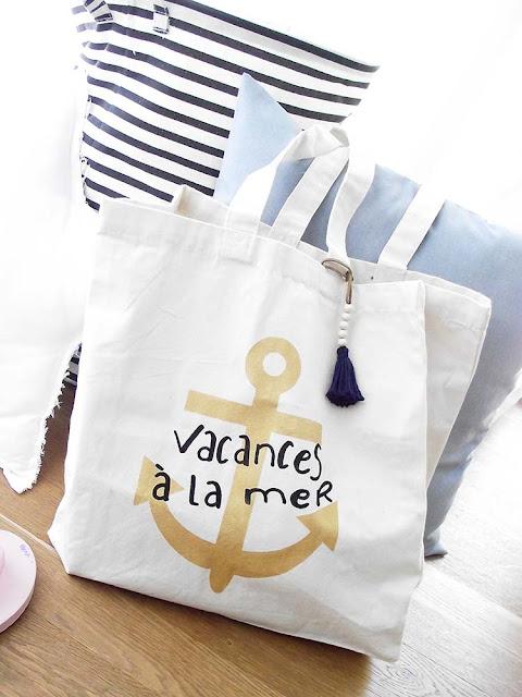 https://www.etsy.com/de/listing/233924309/vacances-a-la-mer-bag?ref=listing-shop-header-1