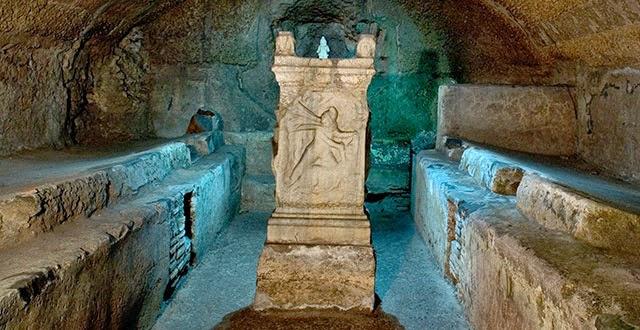 La Basilica di SAN CLEMENTE ed i suoi SOTTERRANEI