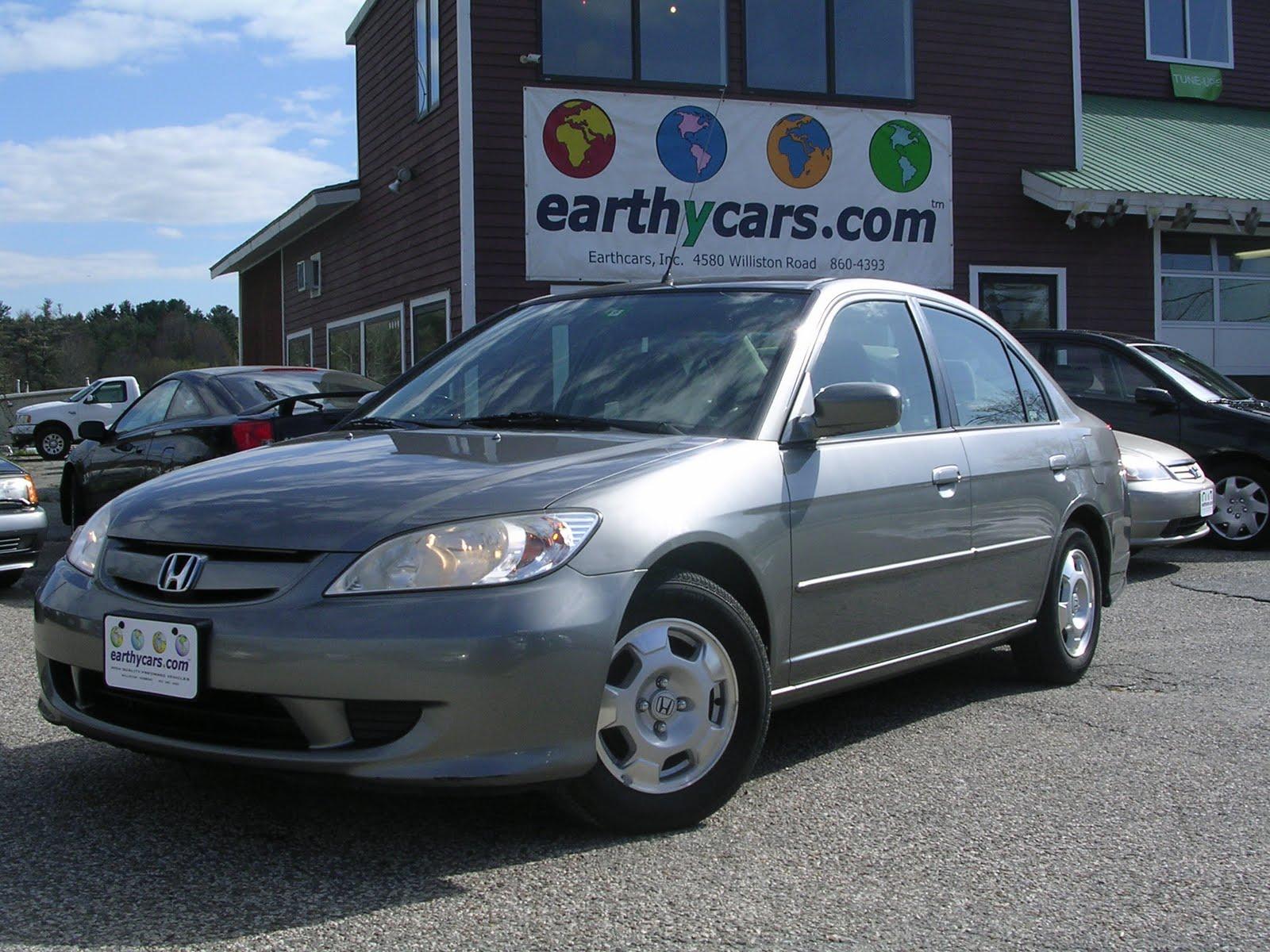 2004 Honda Civic Hybrid W/ULEV, Sedan, Grey, 118488 Mi, $18,900  Http://bit.ly/jIQKxa 5 Spd Manual, MPG U003d 37/45 SOLD
