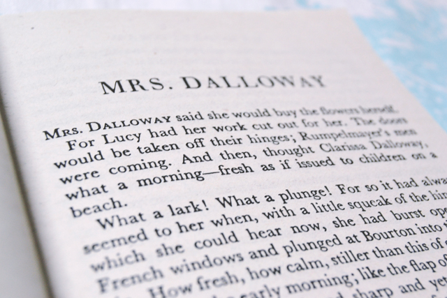 mrs dalloway by virginia woolf essay This one-page guide includes a plot summary and brief analysis of mrs dalloway by virginia woolf in the novel mrs dalloway and essay topics.