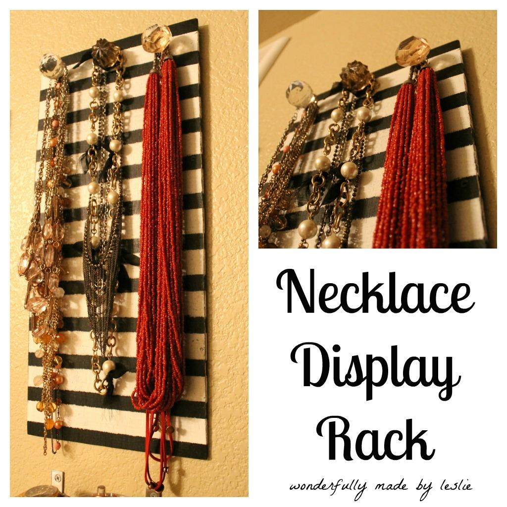http://1.bp.blogspot.com/-Eisi3IuqE6o/UAxOFJpjDNI/AAAAAAAACHw/nrKXEk0HLHU/s1600/jewelerywall_necklaces.jpg