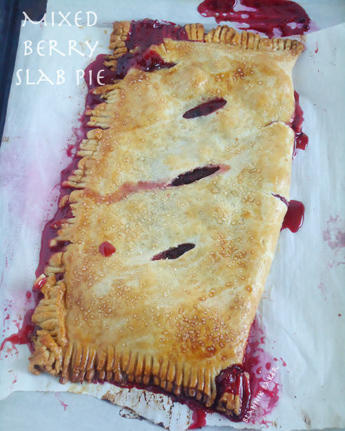 Mixed Berry Slab Pie| www.blahnikbaker.com