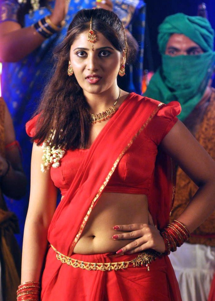 Telugu Cinema Wallpapers Actress Reshmi Hot Stills Vaikuntapali