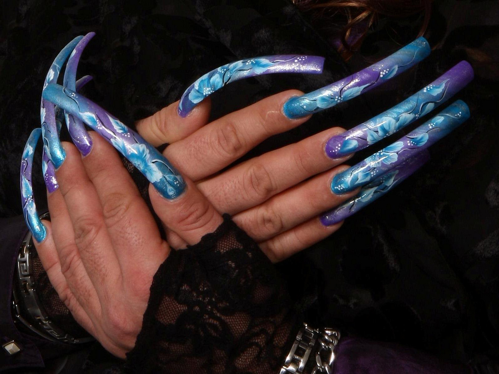 Nail designs: Long nails