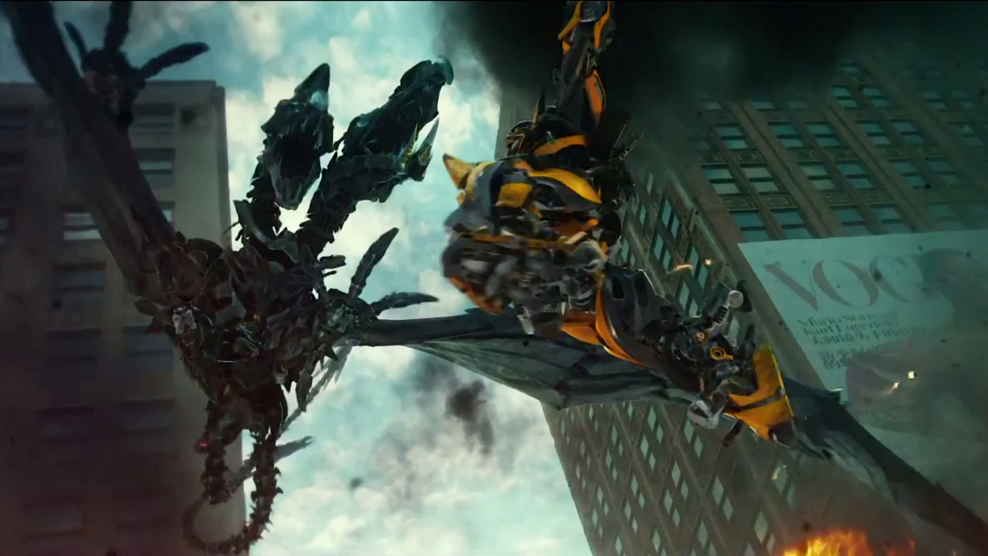 Transformers 4 Wallpaper Bumblebee Bumblebee fighting