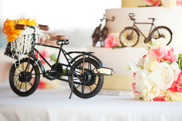 251 Tandem Bike wedding