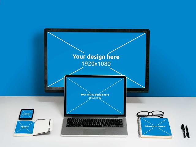 Free Desk Mockup PSD