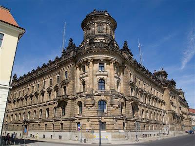 Polizeipräsidium de Dresde