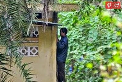 ... GARA-GARA 'SKODENG' ISTERI JIRAN SEDANG MANDI - Kita Bantai Dot Info
