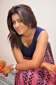 Geethanjali glamorous photo shoot-thumbnail-14