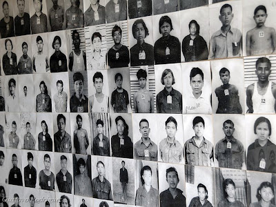 Vítimas do Khmer Rouge (Toul Sleng Museum)
