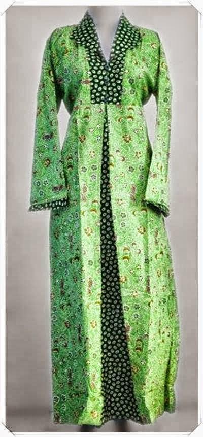 Model Gamis Batik Untuk Ibu Hamil