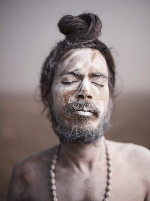 photographie spiritualité inde sadhu homme saint inspirant dread locks cheveux long