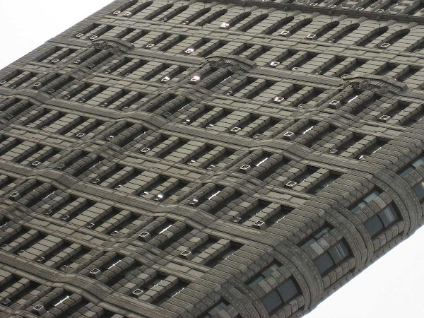 Air Conditioned Flatiron - At Broadway & 23rd St.